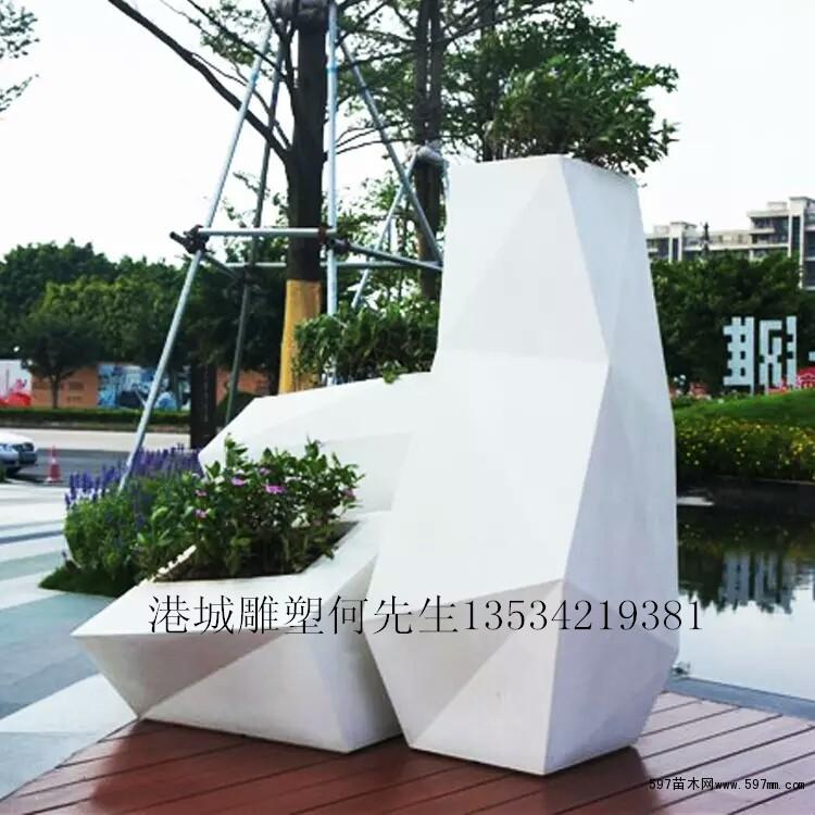 户外欧式几何多切面玻璃钢花盆组合雕塑